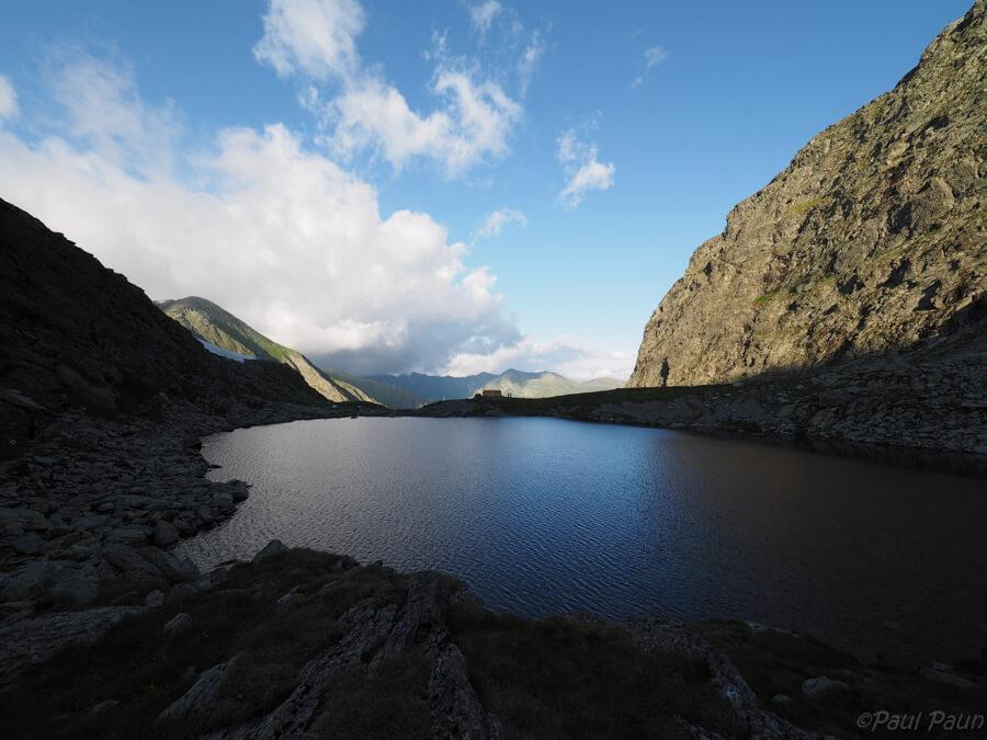 Lacul Călțun, Masivul Făgăraș