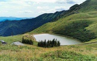 Lacul Vulturilor, Munții Siriu (Buzăului), Carpații de Curbură